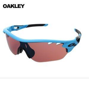 Oakley Radarlock